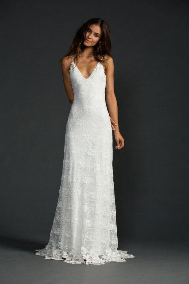 Casual Long White Sleeveless Wedding Dress With Lace