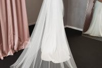 Long White Wedding Veil With Open Back Wedding Dress