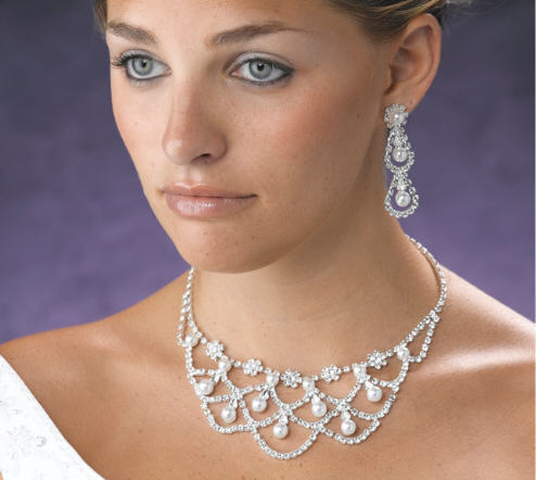 bridal necklace jewelry pearl rhinestone