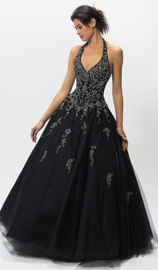 http://sangmaestro.com/wp-content/uploads/2010/03/casual-black-wedding-dresses.jpg