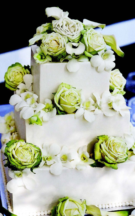 floral delight wedding cake