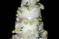 Modern Wedding Cake With Flowers