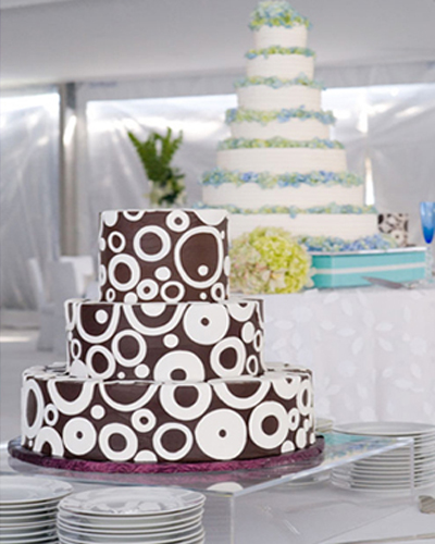 wedding cake trend 2010 tower
