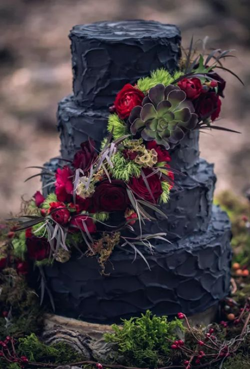 Four-Tiered Black Wedding Cake