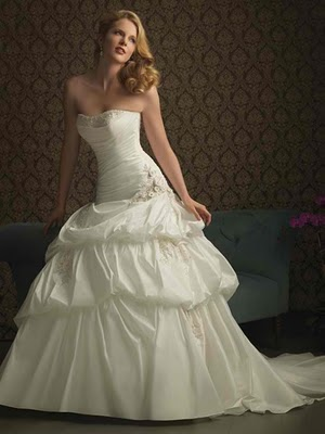 white chiffon wedding dresses trend 2011