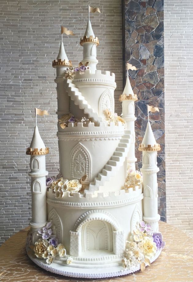 3 Tiered Castle White Wedding Cake