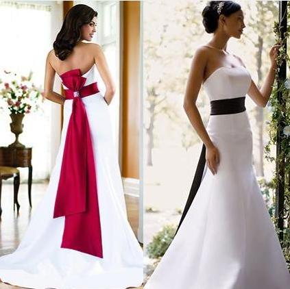 Christmas wedding dresses sang maestro for Dresses to wear to a christmas wedding