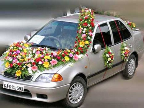 wedding car decoration ideas with flowers