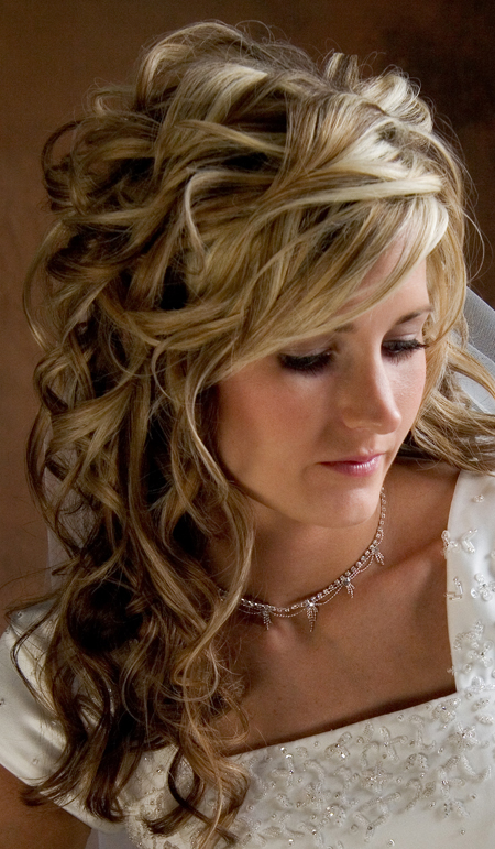 wedding hairstyles for long hair curly on Long Curly Wedding Hairstyles   Sangmaestro