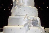 elegant white wedding cakes