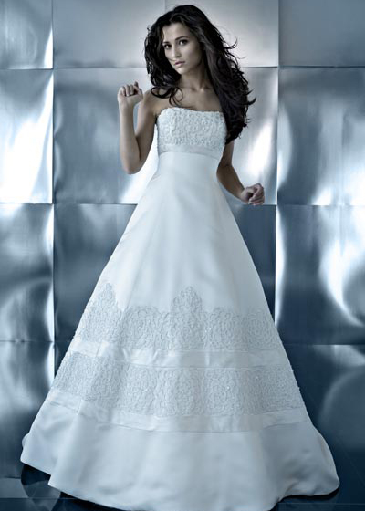 Bridal Dress on What Shape Wedding Dress Should I Choose