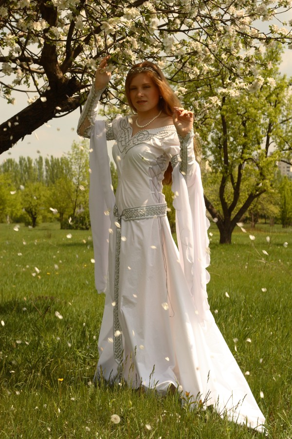 Celtic white wedding dress