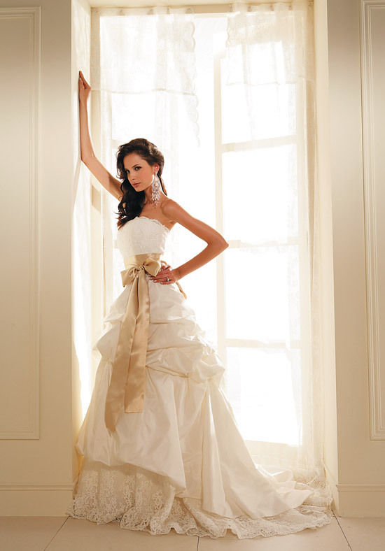 August 10 2012 By Heramu Category Bridal Gown Wedding Dresses