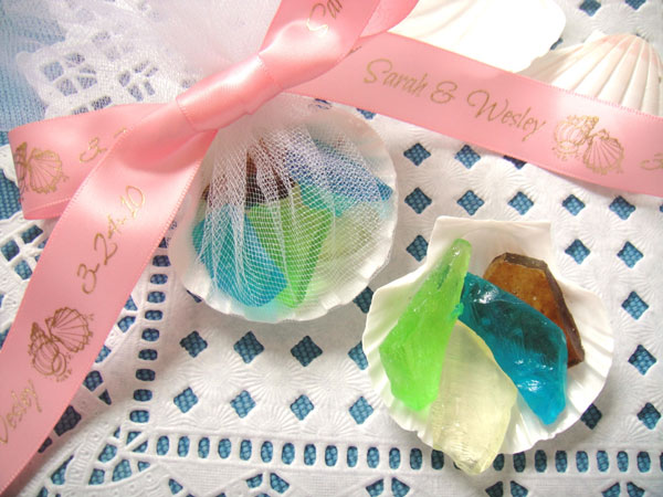 beach wedding favor candy with ribbons