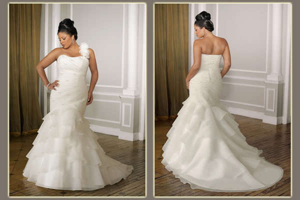 Wedding Gowns For Short Curvy Brides : Gorgeous wedding dresses for curvy brides sangmaestro