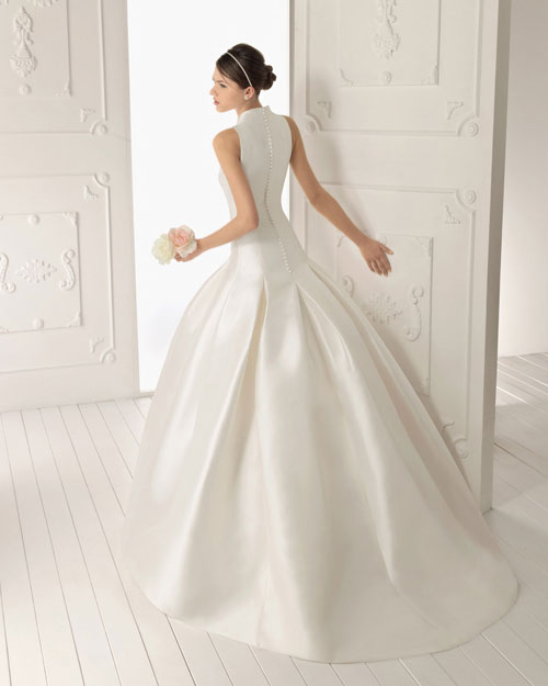 aire barcelona wedding dress 08