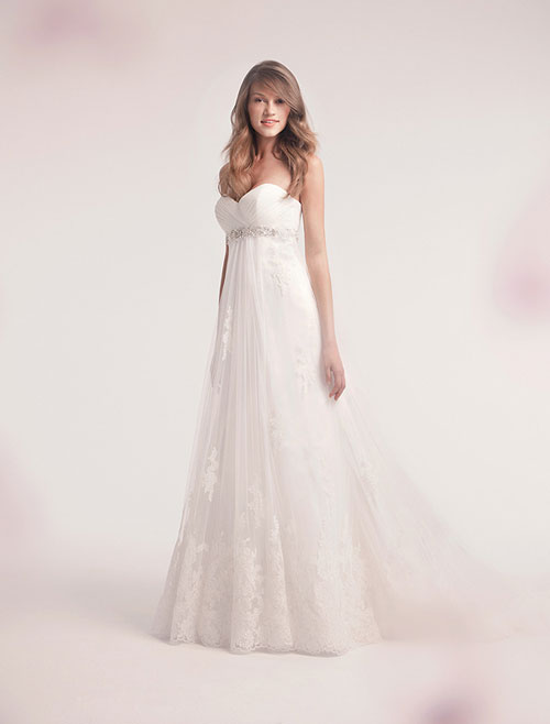 alita graham lace wedding gown