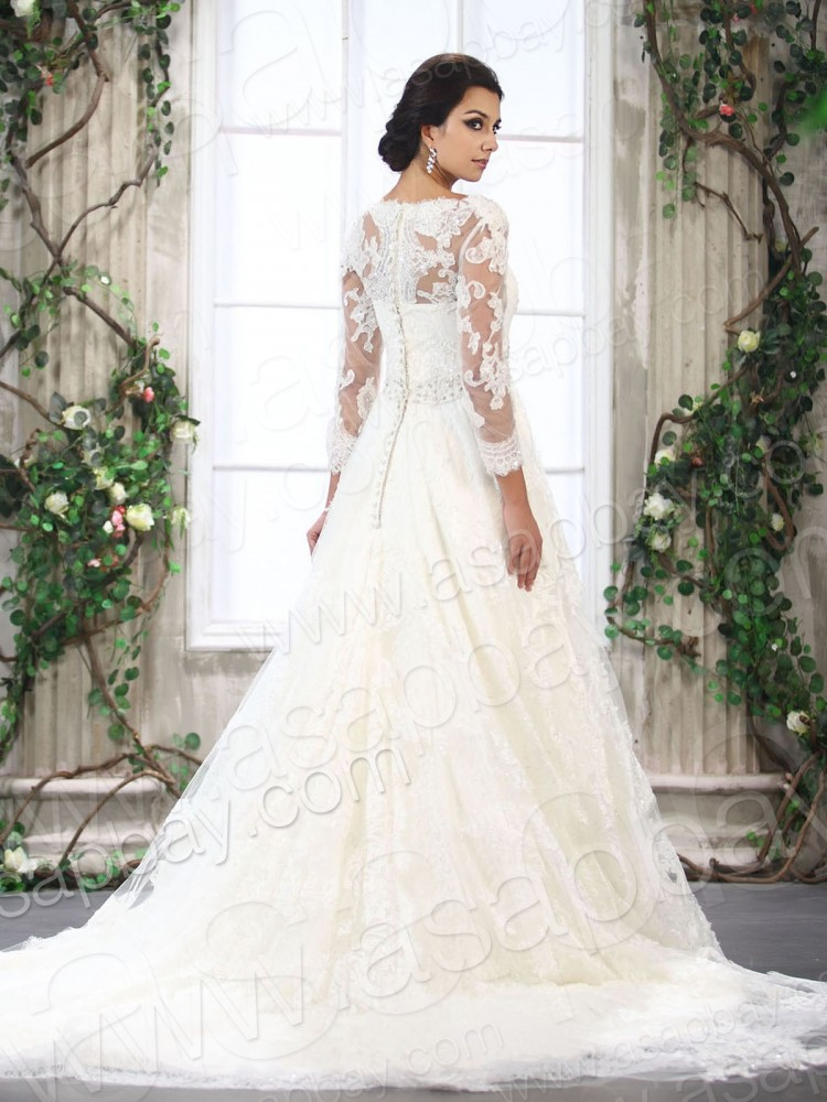 a-line lace wedding dress with 3 per 4 sleeves