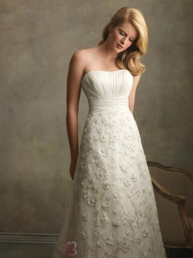 Ivory sweetheart neckline vintage lace wedding dresses for A line wedding dresses sweetheart neckline