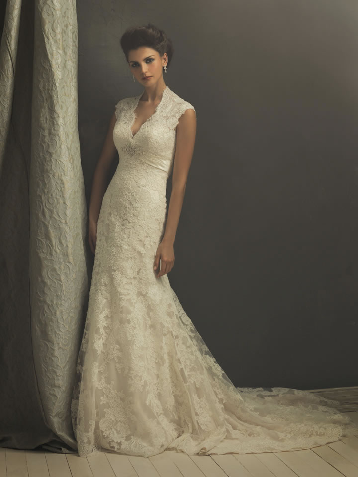 Wedding Dress With Lace Sleeves : Lace wedding dress with cap sleeves and long train sang