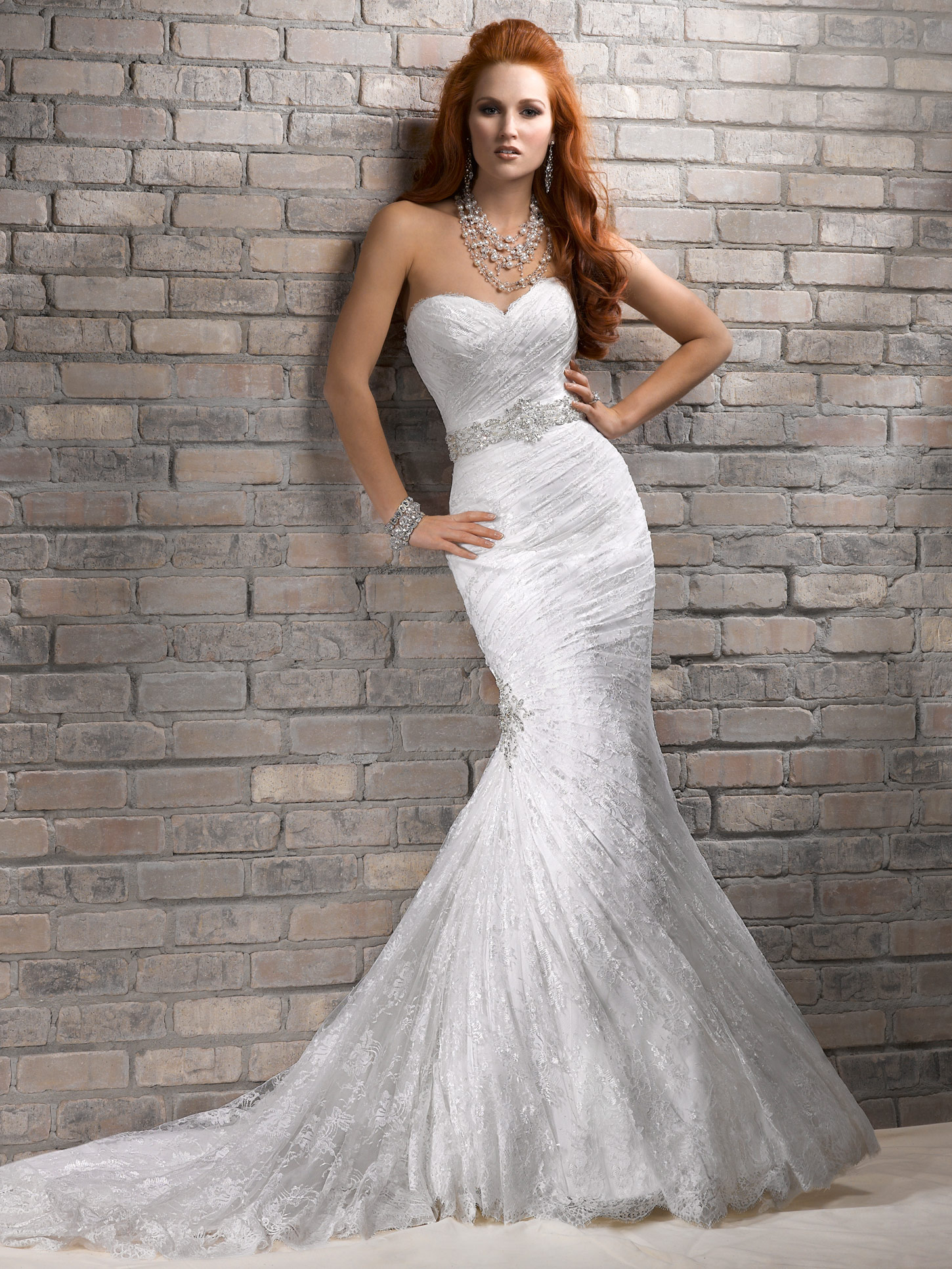strapless mermaid wedding dress with sweetheart bodice