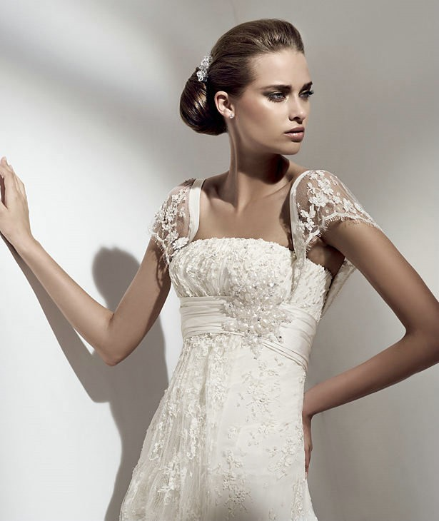 Stunning Collections of Vintage Lace Wedding Dresses with Cap ...