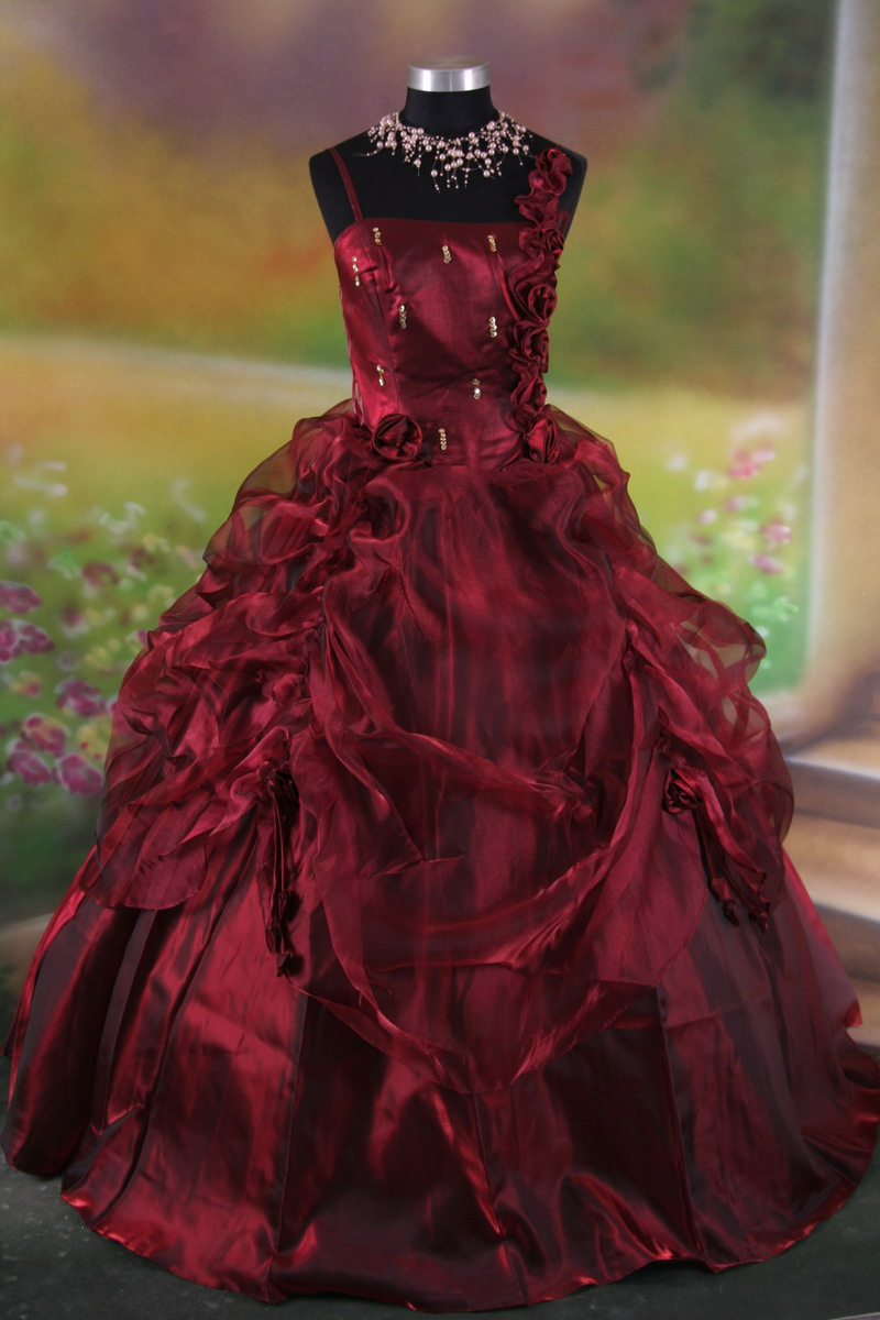 stylish and sophisticated red gothic wedding dresses sang maestro