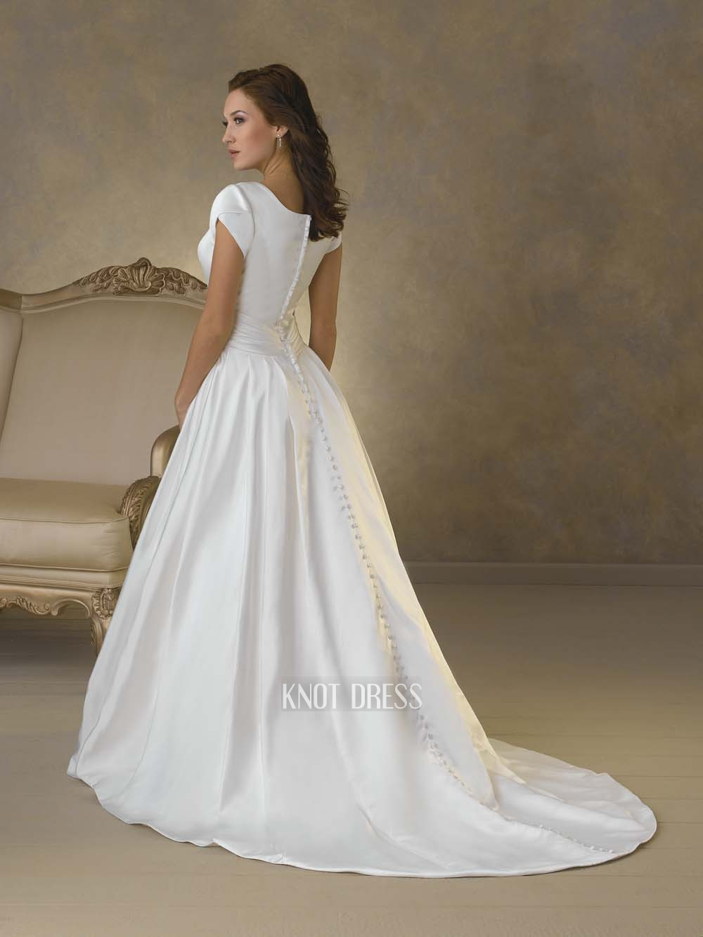 Long sleeve short wedding dresses for Short white wedding dress with sleeves