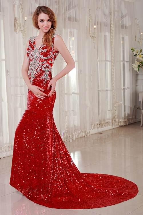 sleeveless red wedding dress