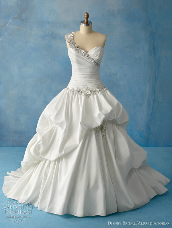 gorgeous disney princess wedding dresses for fairytale