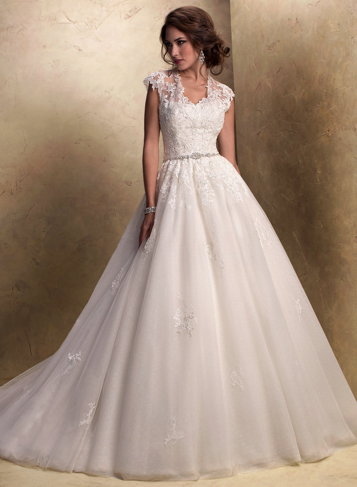 Ball Gown Wedding Dresses With Short Sleeves : Princess lace wedding dress with short sleeves sang maestro