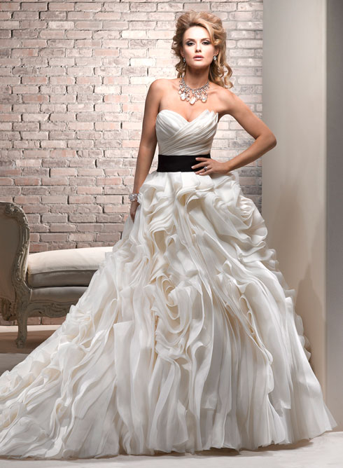 Princess wedding dress with corset from top classic for Princess corset wedding dresses