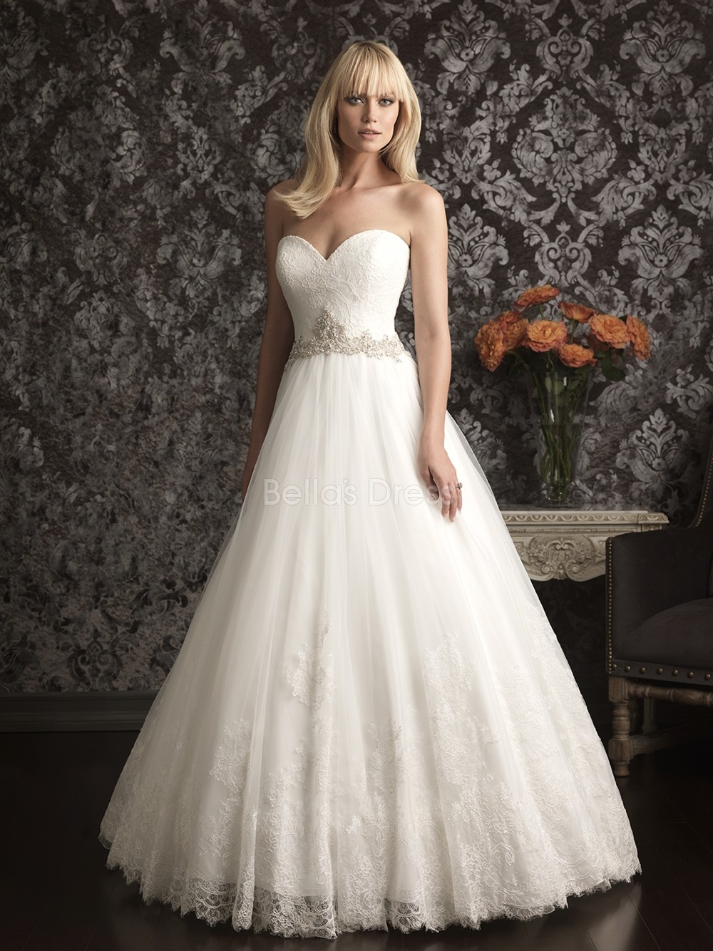 princess wedding dress with lace