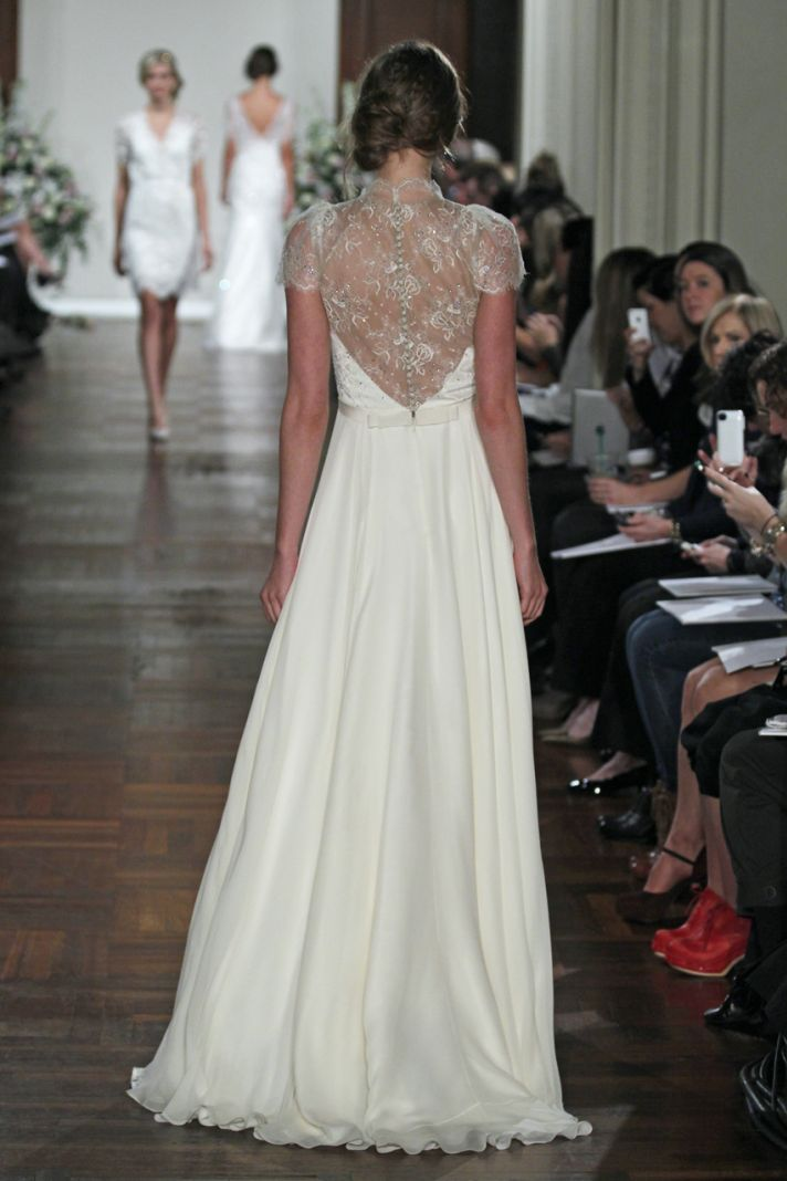 floor length wedding dress with dentelle back