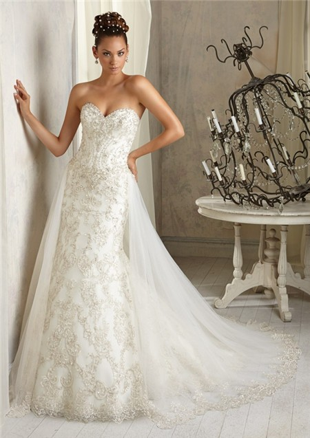 Gorgeous wedding dresses with detachable train sang maestro for Detachable train wedding dress