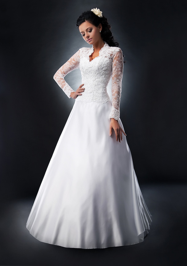 a-line white wedding dress with net long sleeves