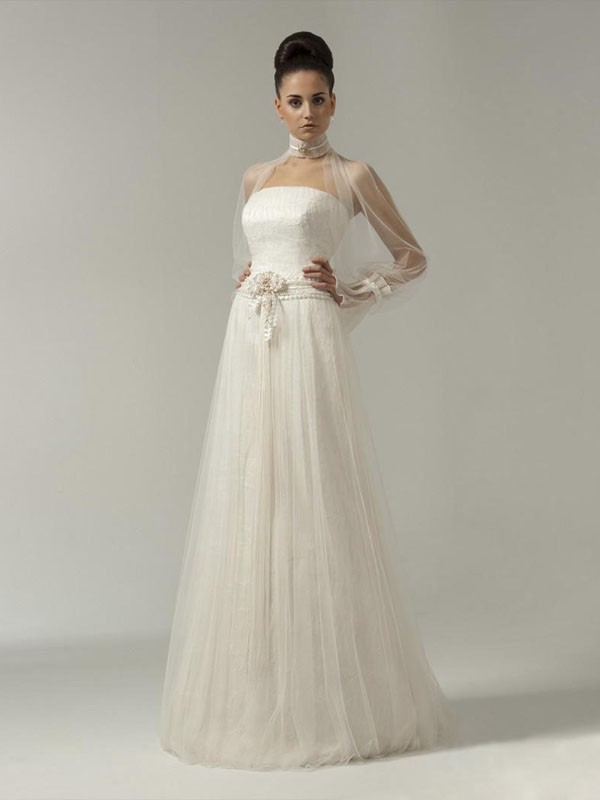 wedding dresses with net sleeves
