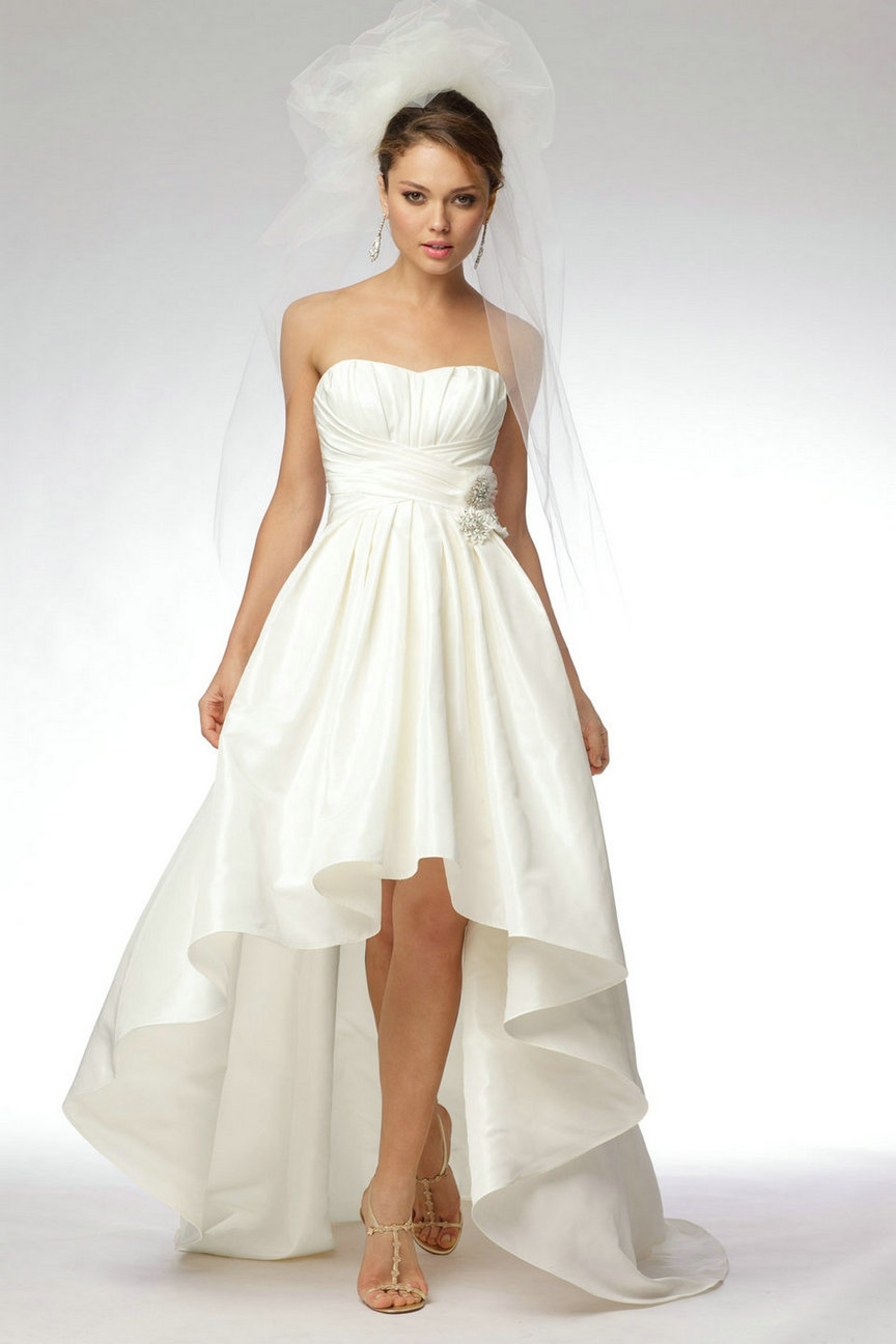 beautiful taffeta short wedding dress
