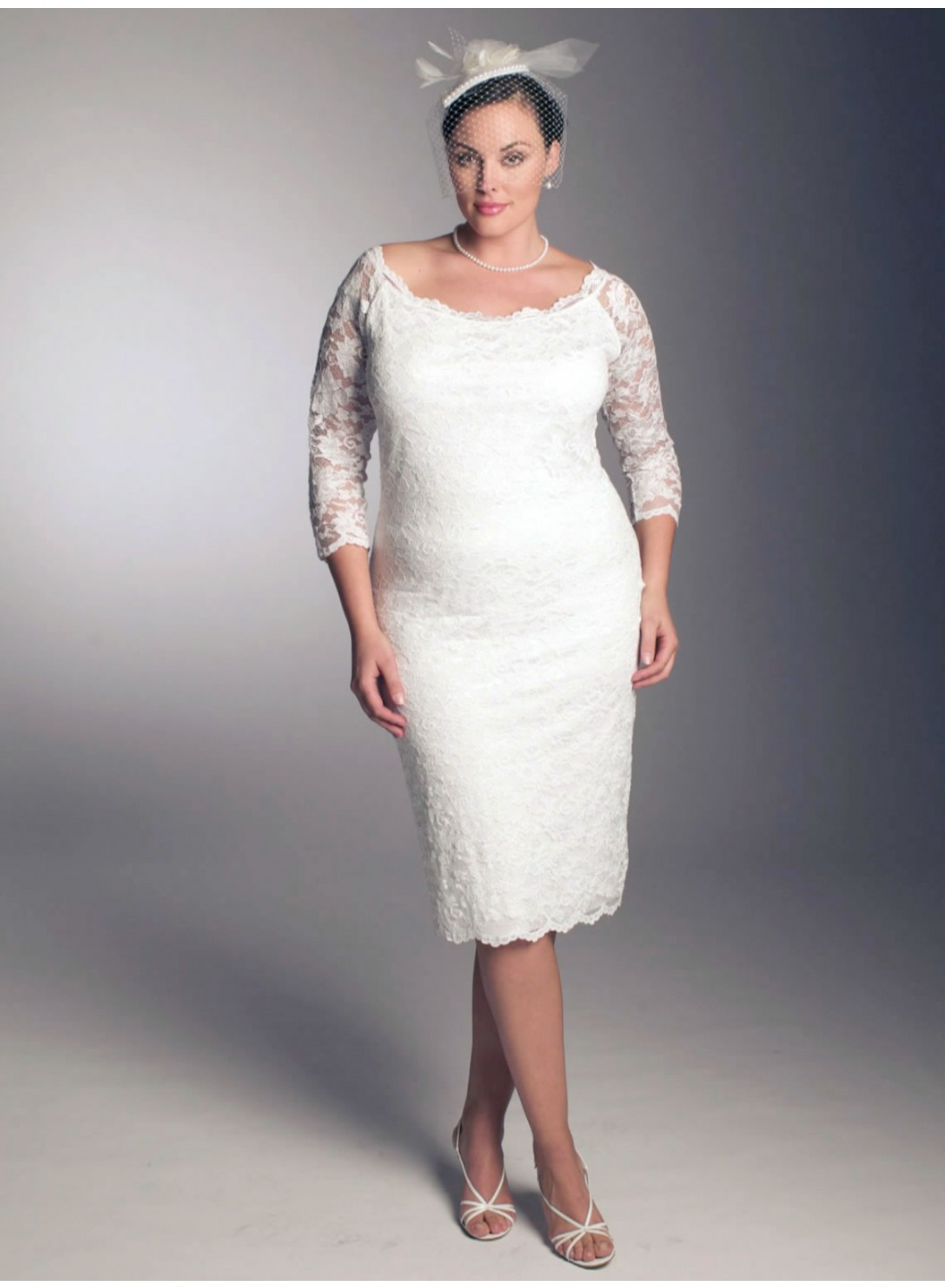 Amazing collection of plus size short wedding dresses with for Short white wedding dress with sleeves