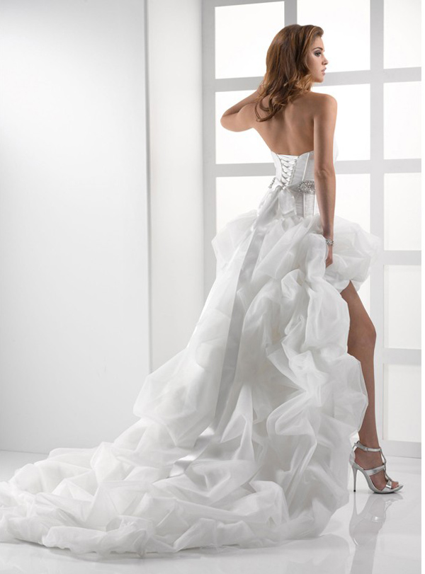 short corset wedding dress with long train