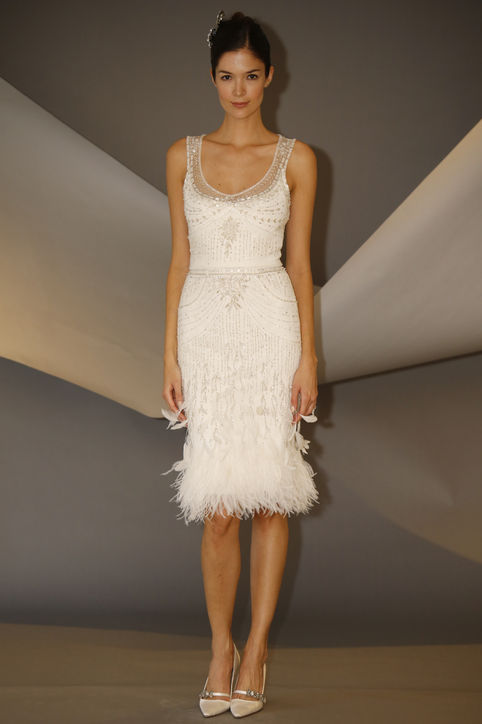 Carolina herrera fall short wedding dress with feather for Good wedding dresses for short brides
