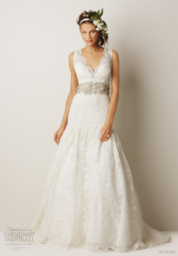Wedding dresses and fall for Dresses for a fall wedding