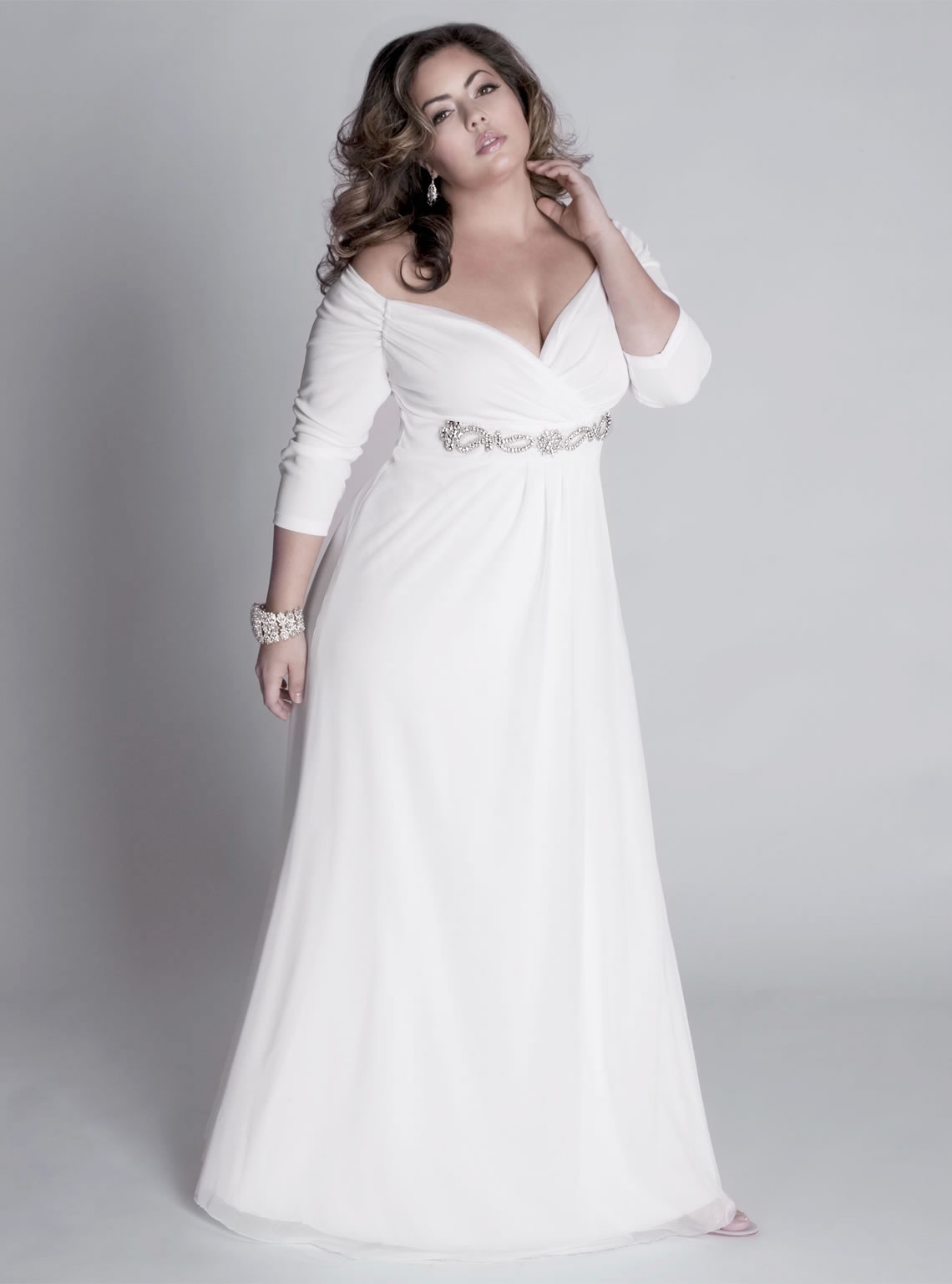 Fall plus size a line wedding dress with sleeves sang for Plus size wedding dresses with color and sleeves
