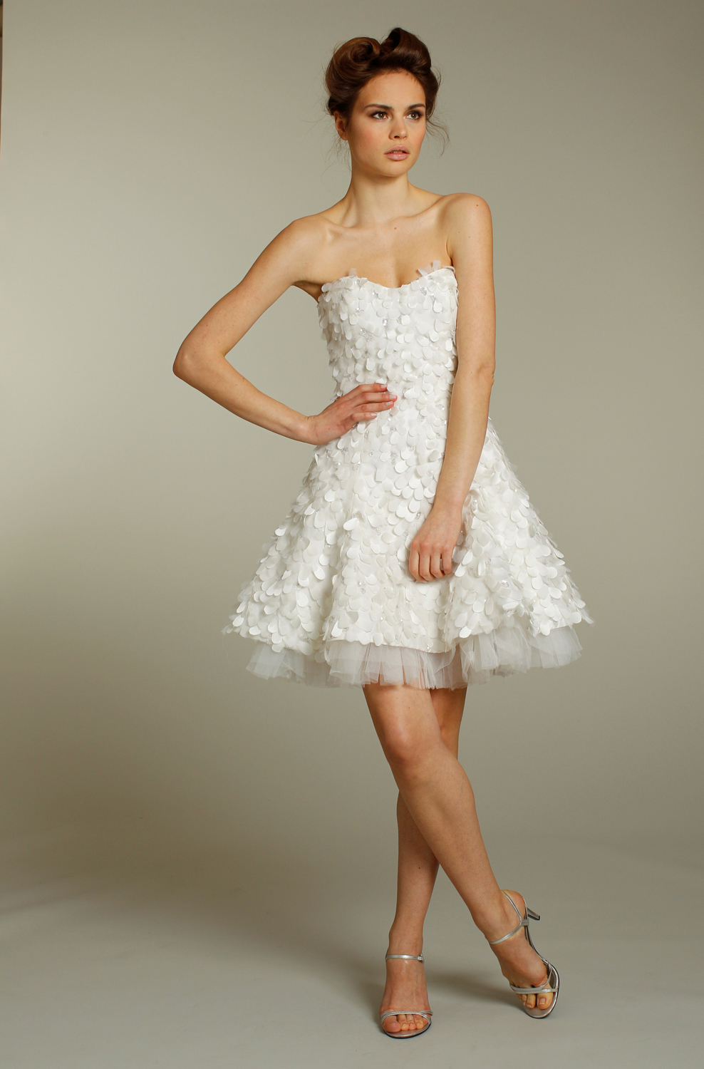 Chic And Stylish Fall Short Wedding Dresses