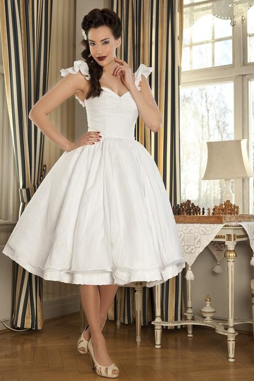 Unique vintage short wedding dresses for your inspiration for Wedding dresses pin up style
