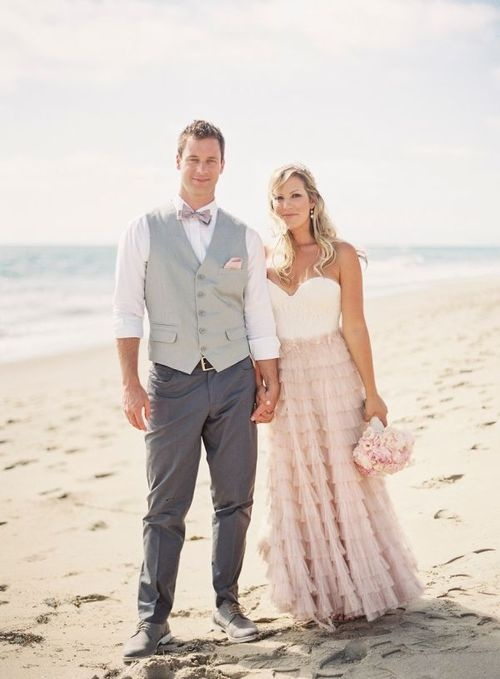Ideas on beach wedding attires for groom sang maestro for Wedding dress shirts for groom