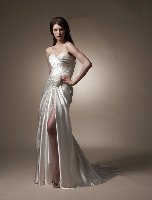 Gorgeous and beautiful satin sheath wedding dresses sang for Cheap sheath wedding dresses