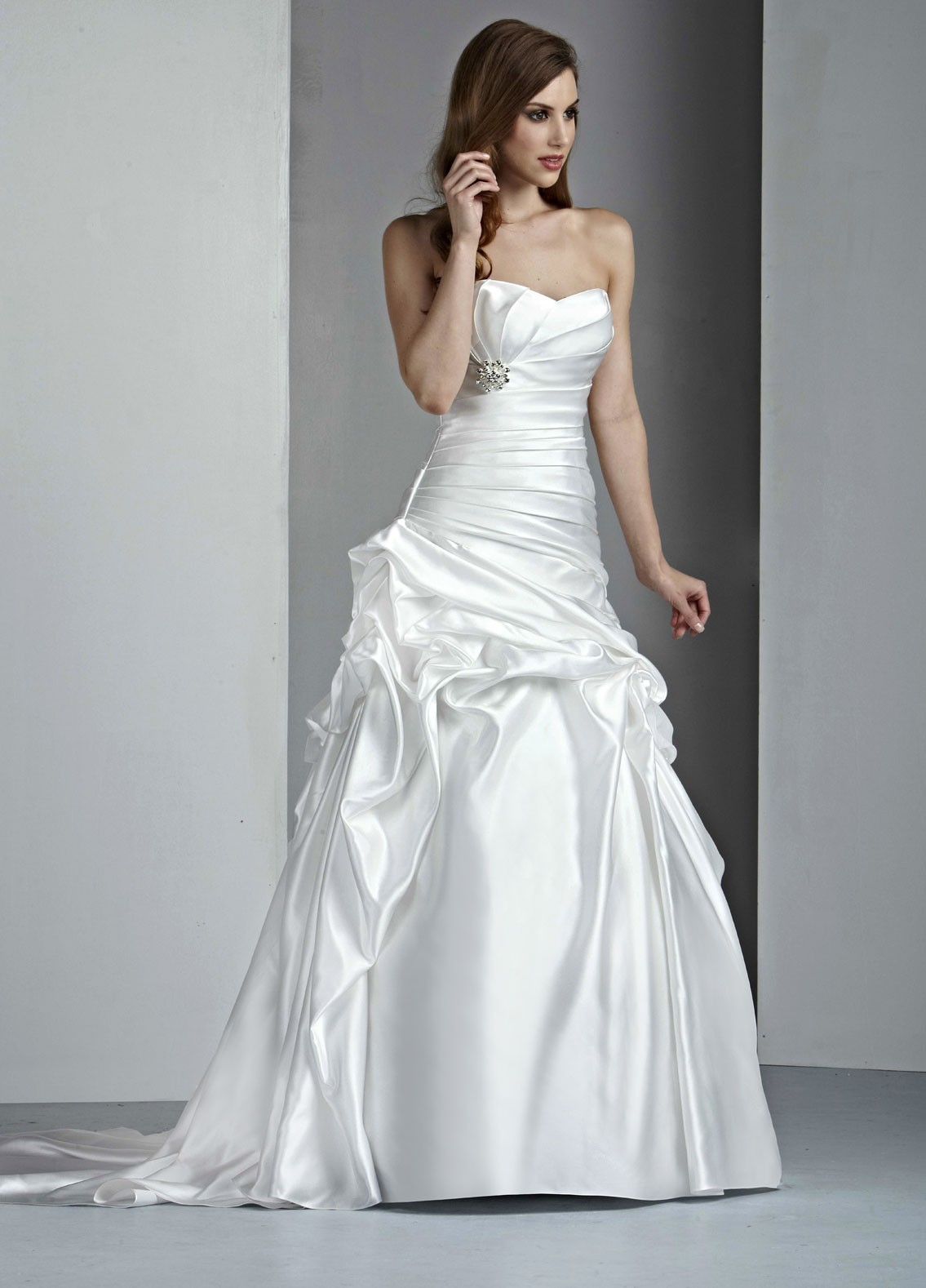 Used Wedding Dresses Under 100 Jewellery : March at ? in wonderful satin wedding dresses