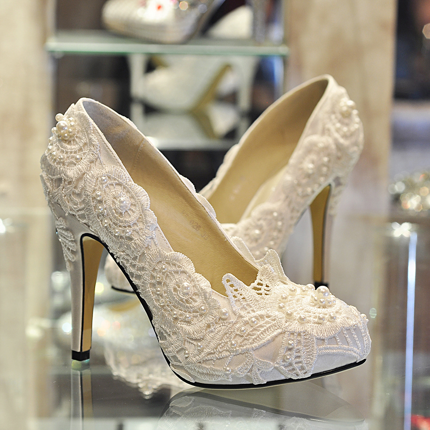 wedding shoes with lace and high heels