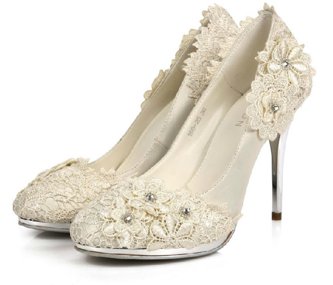 wedding shoes with vintage lace